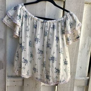 NWT Cute Off Shoulder Floral Lace Ruffle Top Shirt
